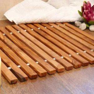 badezimmermatte-oder-duschmatte-aus-olivenholz-1